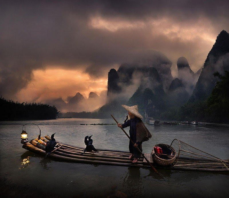 Yangshuo (China) fishing stlye.