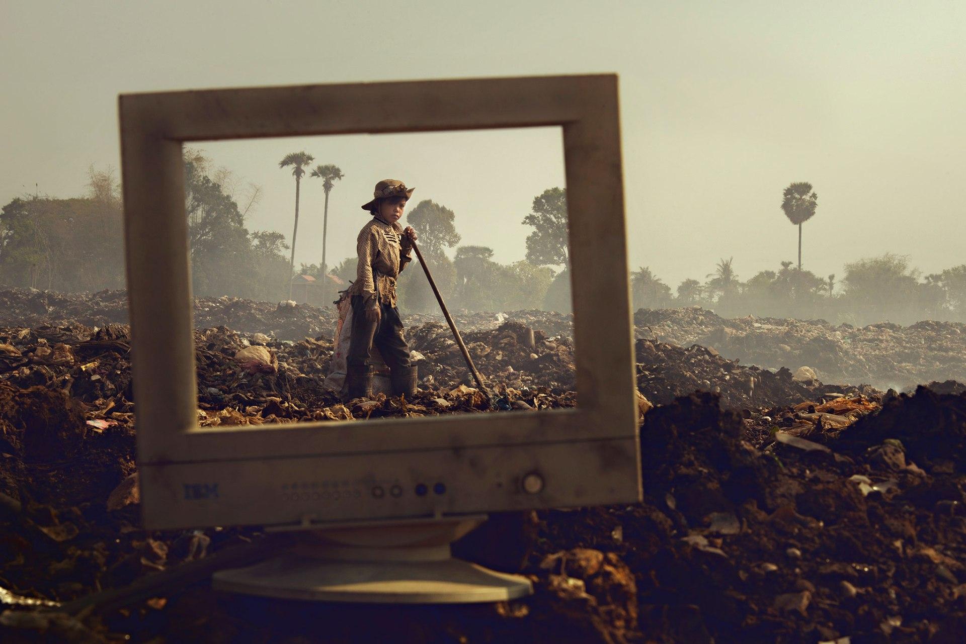 Poverty window - Be artist Be art