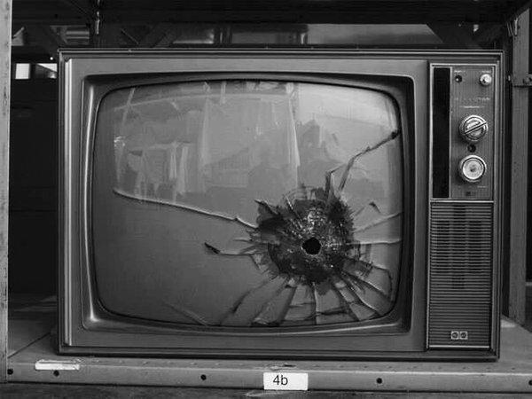 Kill TV - Be artist Be art