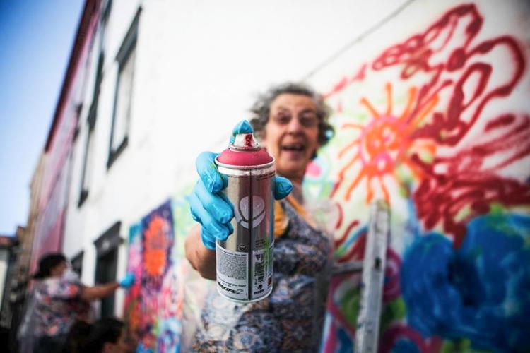 Grandmas´ Street Art !! - be artist be art - urban magazine