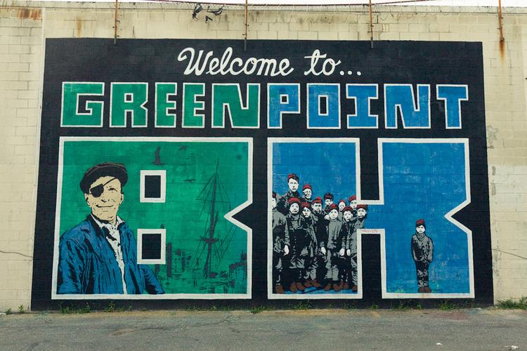 Greenpoint, creative hood of NY - by Caminando por NY - be artist be art