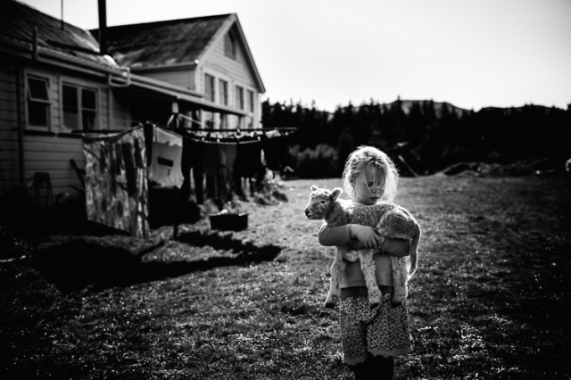 Childhood without Interntet - by Niki Boon - be artist be art