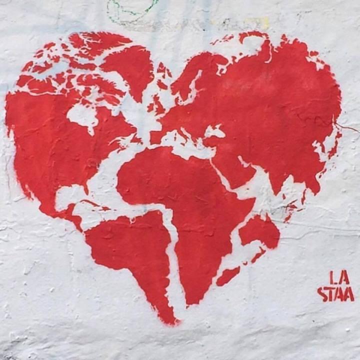 love - streetart - be artist be art