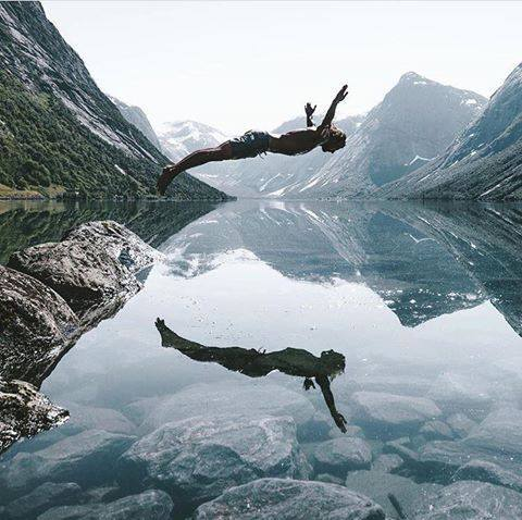 I believe I can Fly! - by Max Muench - be artist be art