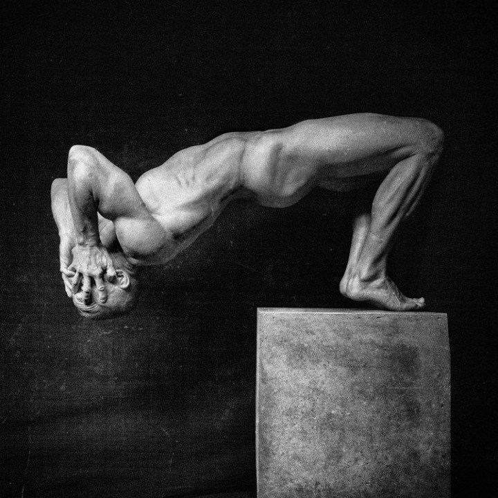 Impossible Human Sculptures - by Jorg Heidenberger - be artist be art magazine