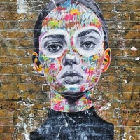 Beauty Thief by Ant Carver - #Creative #StreetArt