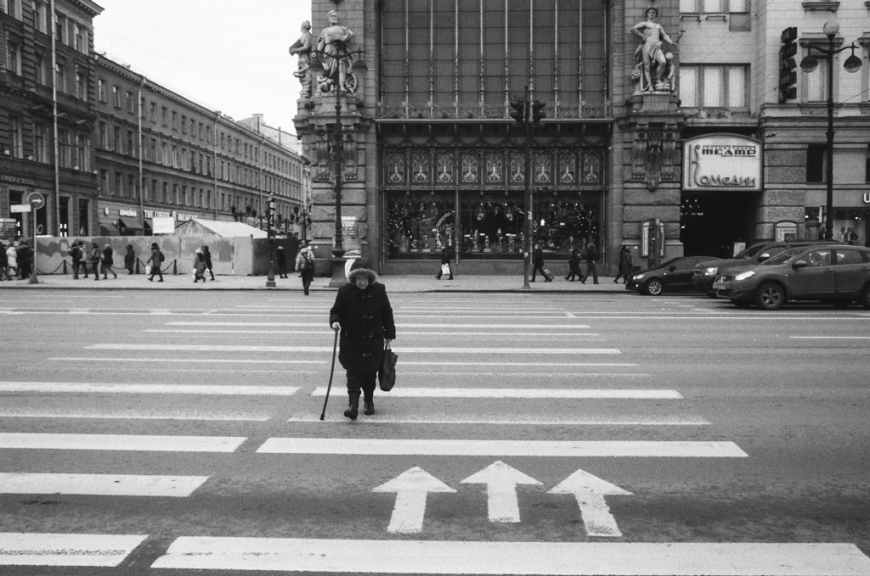 Saint Petersburg Streets - by George Bolkvadze - be artist be art