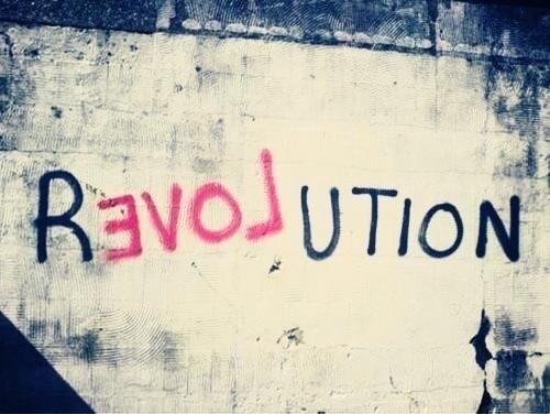 #Love Revolution - #Creative #StreetArt - be artist be art magazine