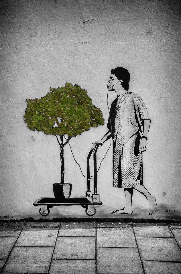 Comming #Future - Social Critic #StreetArt by Dr Love - be artist be art magazine