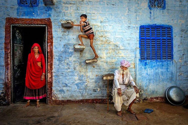 "Follow your Dreams ""Jodhpur Family"" - by Isa Ebrahim - be artist be art magazine"