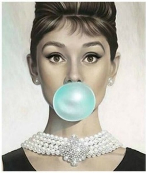 #Gum Babes - Nasty Portraits by Michael Moebius - be artist be art magazine